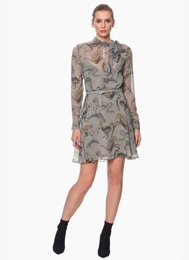 Trendy Şifon Elbiseleri